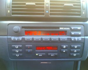 bmw-radio2